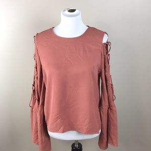 50eed839aea38 Wayf Tops - WAYF Laced Cold Shoulder Bow Sleeve Top